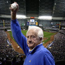 Bob Uecker remembers his show-biz start, in the Cardinals' bullpen - This CBM vintage baseball podcast features conversation with Bob Uecker.