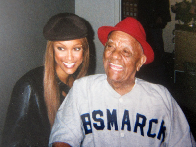 Duty was in his element being attended to by Tyra Banks at the Jimmy Kimmel Show in 2003.